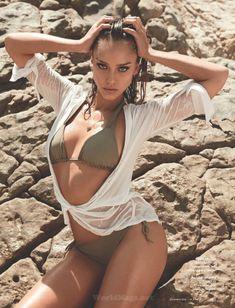 Утонченная Джессика Альба  в журнале Maxim фото #7
