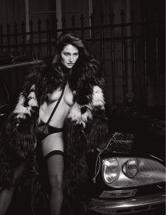 Обнажённая грудь Мари Жиллен появилась в журнале Lui фото #8