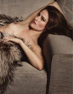 Обнажённая грудь Мари Жиллен появилась в журнале Lui фото #12