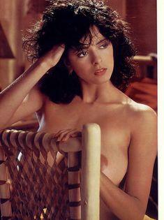 Обнаженная Роберта Васкес  в журнале Playboy фото #1