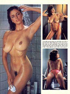 Обнаженная Роберта Васкес  в журнале Playboy фото #4