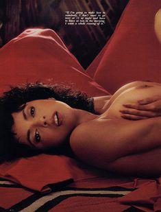 Обнаженная Роберта Васкес  в журнале Playboy фото #6
