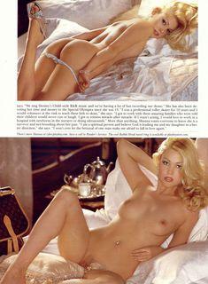Абсолютно обнажённая Шэнна Моуклер в журнале Playboy фото #7