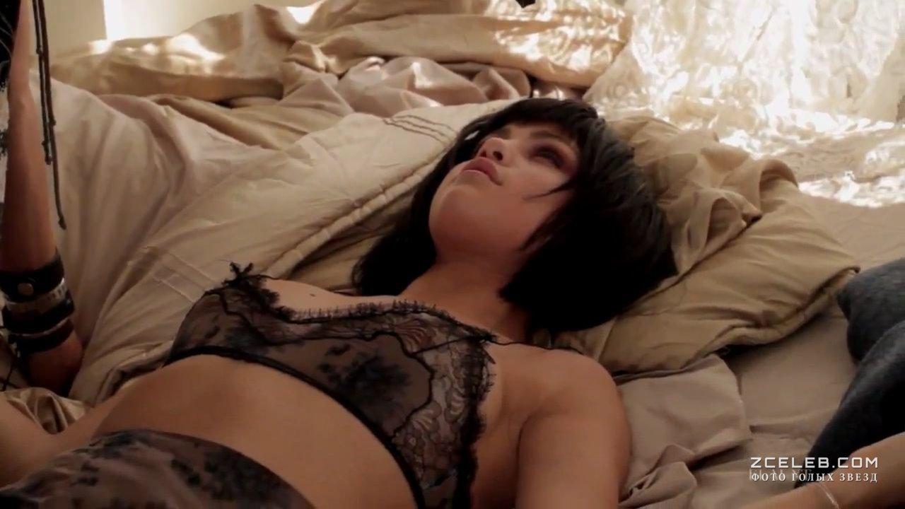 Селена гомез голая занемается сексом