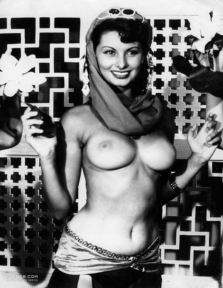 Loren Izabel Nude