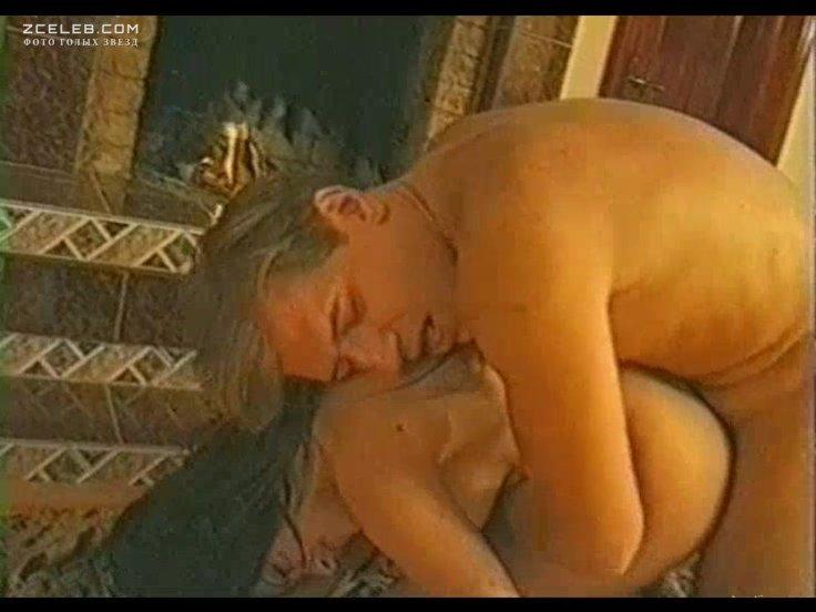 Обнаженные сцены в фильмах с любовью тихомировой, порно муж ебет пухлую жену