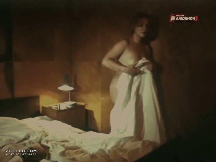 Эротическая сцена из фильма черный ворон, фото камера в туалете