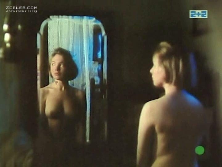 Яковлева александра порно голая, трахнул красивую телку у себя дома