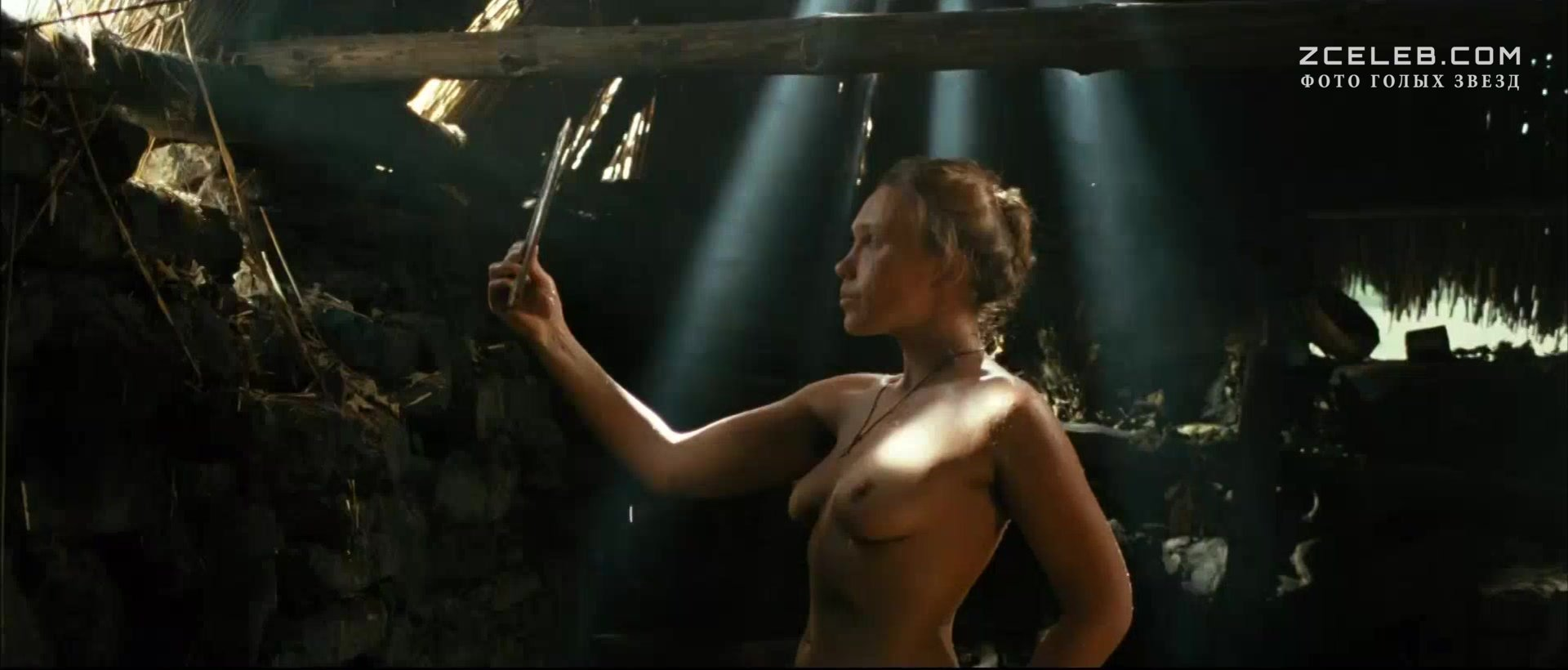 русский фильм где женщина оголяется за золотую цепочку
