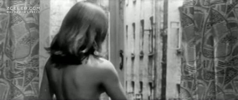margarita-terehova-topless-porno-parodiya-na-spasateley-malibu-briana-benks
