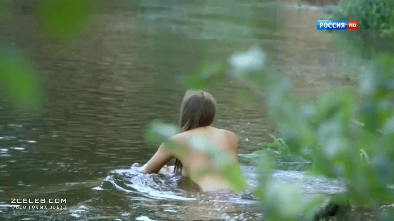 Обнаженная Анна Миклош – Любовь Как Несчастный Случай (2012)