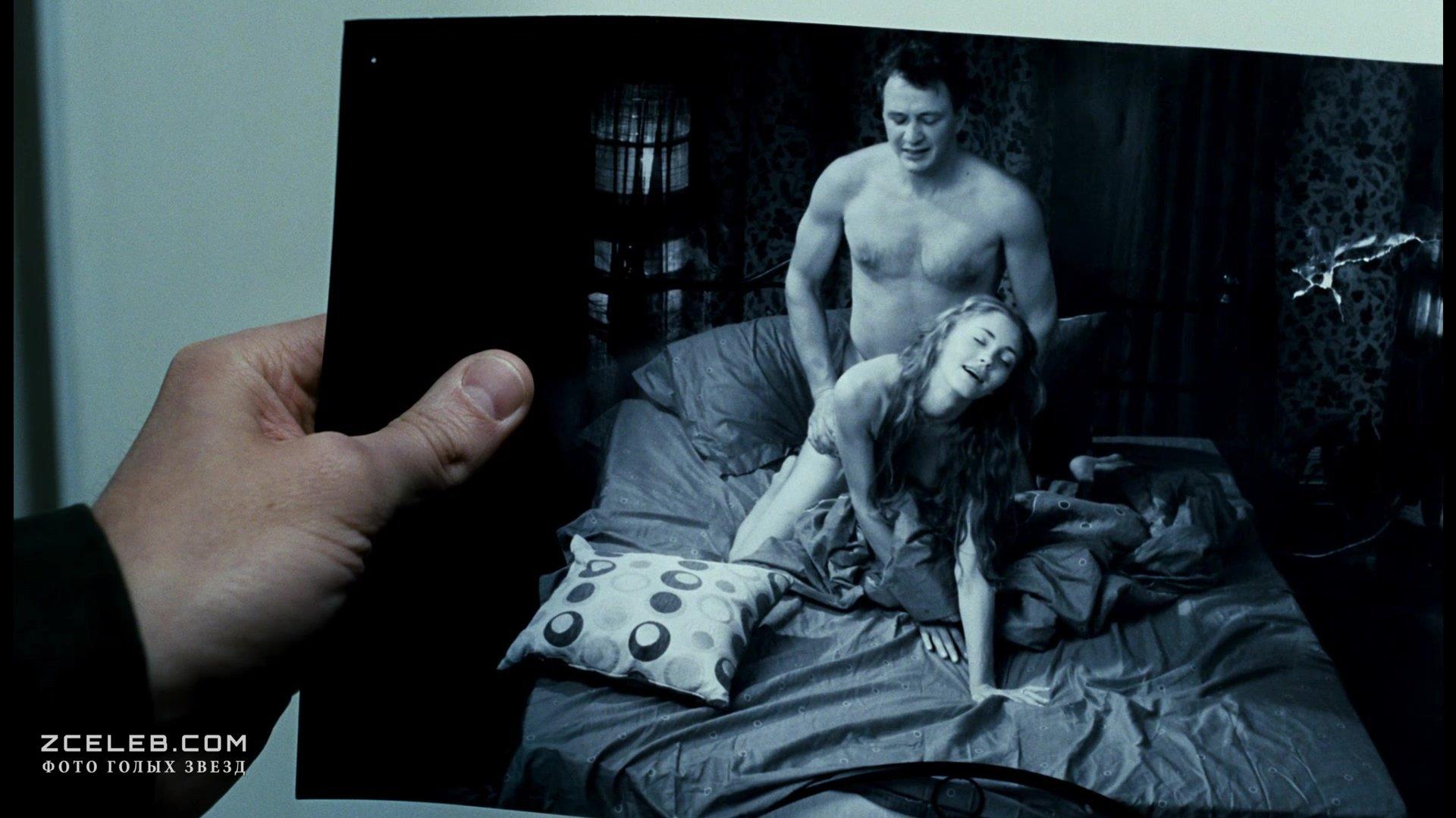 эротические кадры фильма юленька создаются под