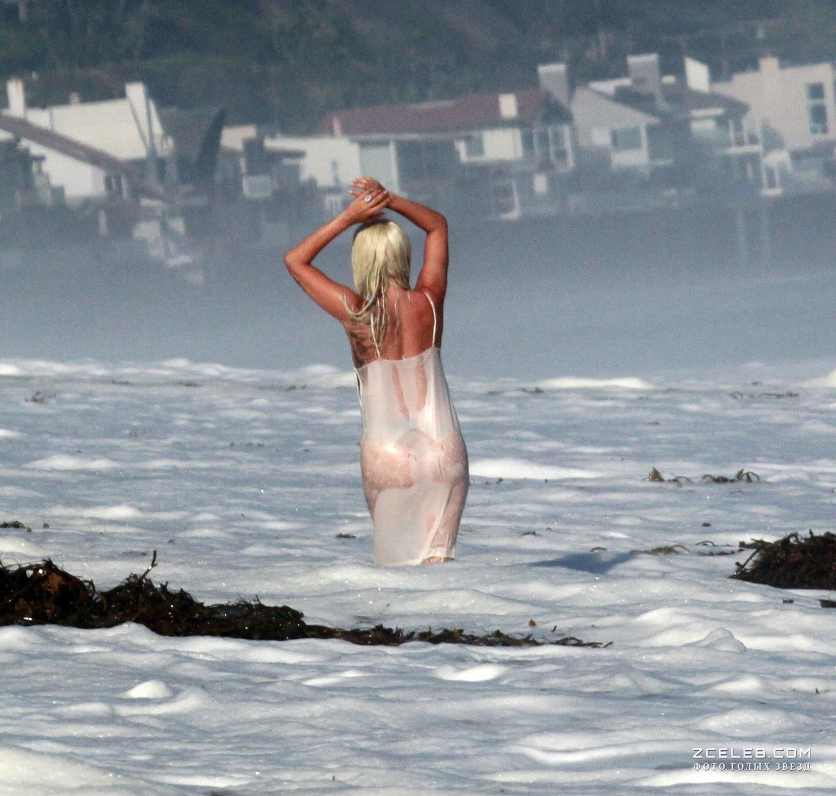 Lady gaga at a nude beach