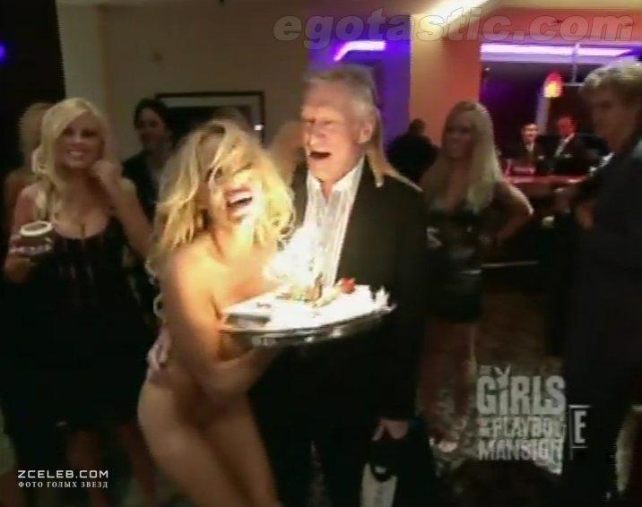 Pamela anderson naked hugh hefner video bootys nude