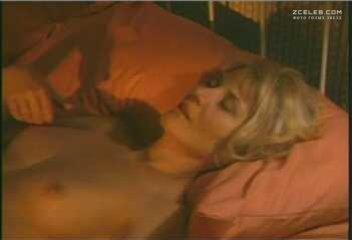 Beth broderick nude video, selenagomez dildo
