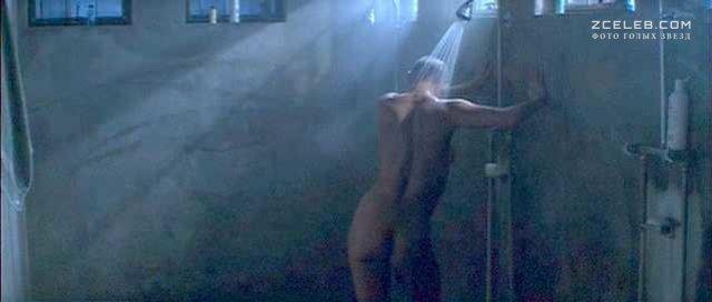 Торчащие Соски Деми Мур – Солдат Джейн (1997)
