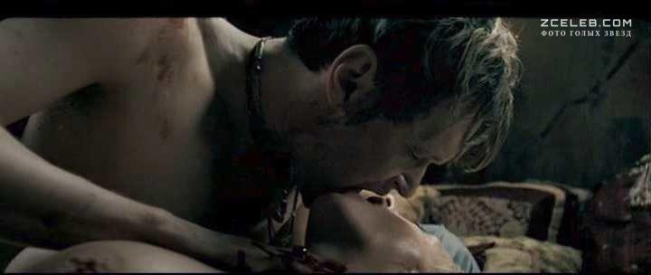 смотреть эротические сцены из фильма другой мир убей