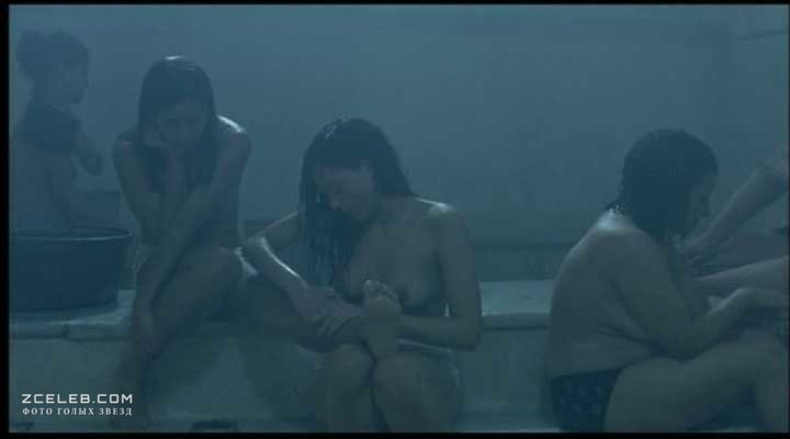 Ким Кардашьян И Ванесса Миннилло Танцуют В Группе Поддержки – Нереальный Блокбастер (2008)