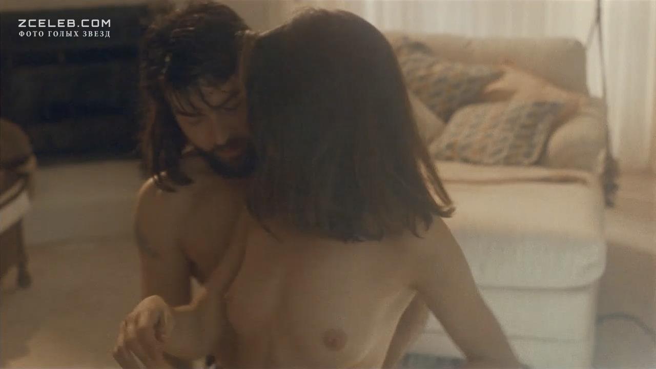 Linda fiorentino xxx naked 4
