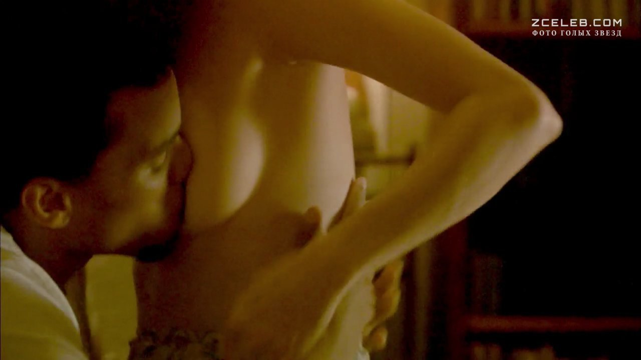 Melissa Sagemiller Nude Pictures