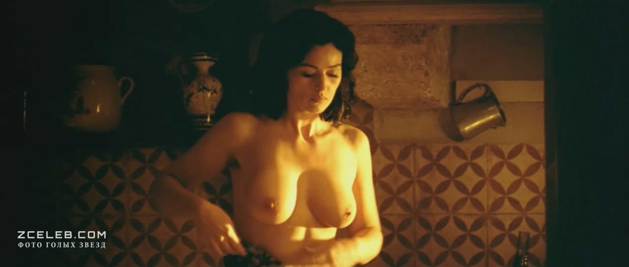 Моника белуччи фото голая