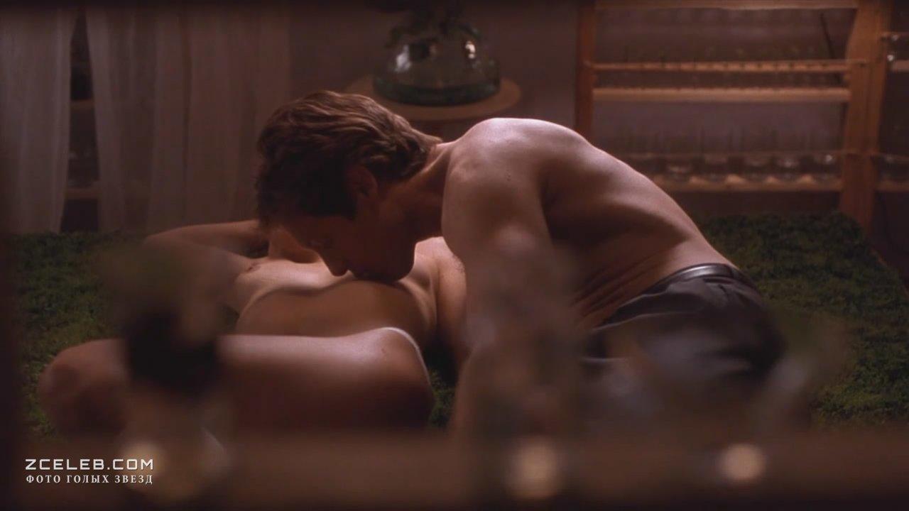 Секс С Сарой Рю На Полу В Туалете – Джипси 83 (2001)
