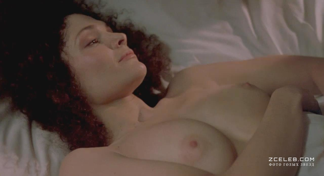 Mary elizabeth hot mastrantonio nude wallpaper