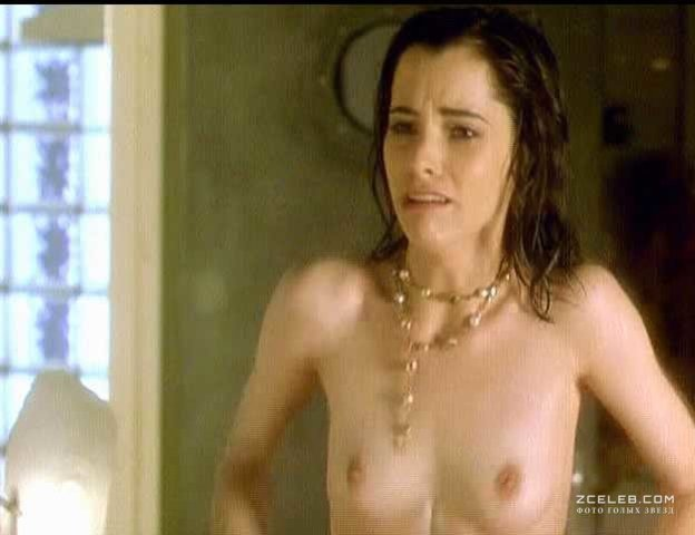 parker-posey-nude-video-nikki-sims-shows-her-tits