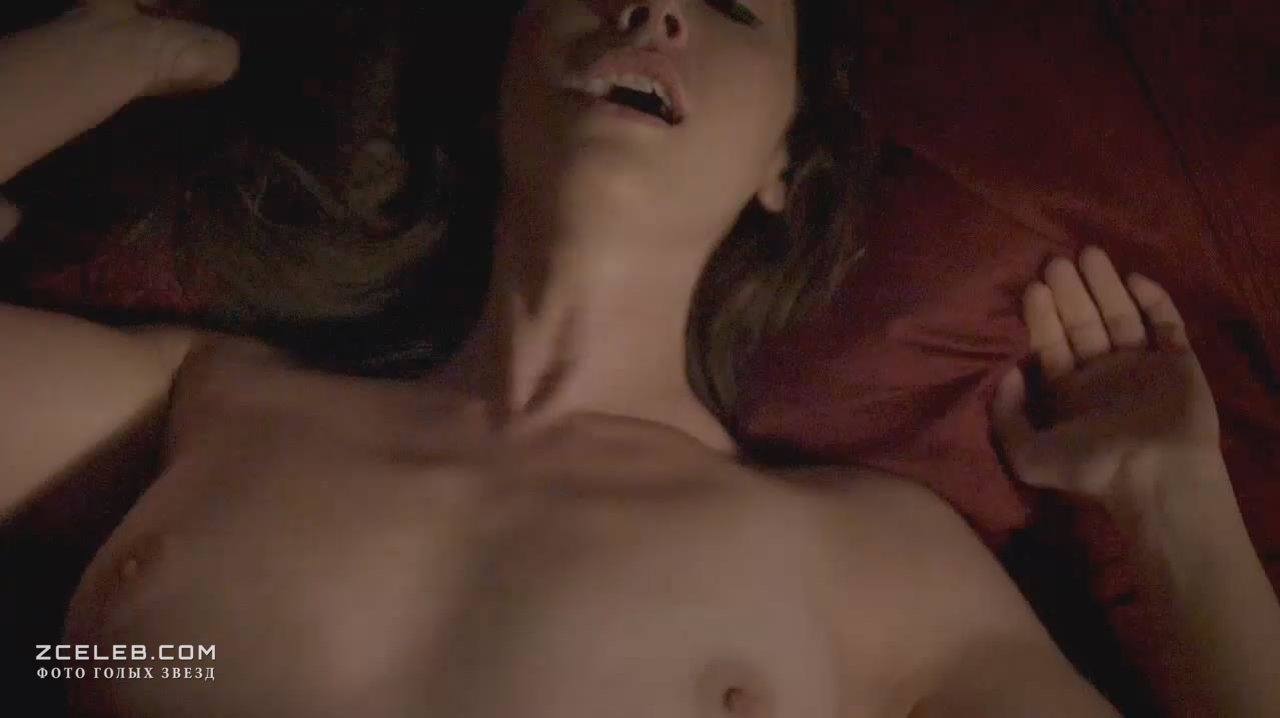 Sarah lieving nude boobs — img 3