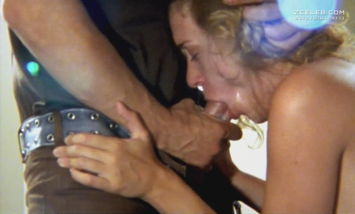 Chloe sevigny in the brown bunny blowjob scene