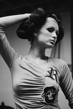 Соски Пэрис Хилтон в фотосессии Патрика Фрейзера, 2002