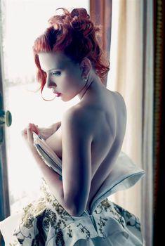 Сексуальная Скарлетт Йоханссон в журнале Vanity Fair, Декабрь 2011