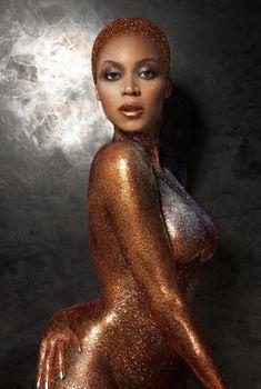 Сексуальное тело Бейонсе в журнале Flaunt, Июль 2013