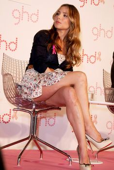 Трусики Эльзы Патаки на презентации «GHD Pink Limited Edition», 21.06.2010