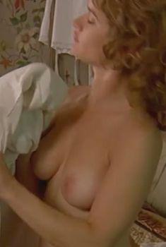 Соблазнительная Робин Танни разделась в фильме «Исследуя секс», 2001