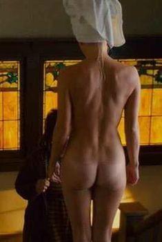 Голая попа Анна Фэрис в фильме «Мальчикам это нравится», 2008