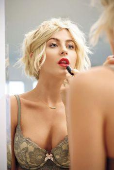 Джулианна Хаф в откровенной фотосессии для журнала Shape, Декабрь 2014