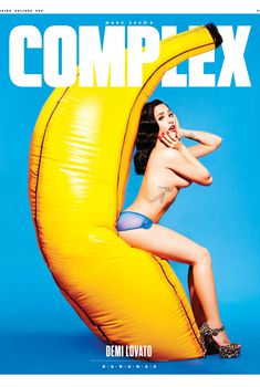 Сексуальная Деми Ловато для журнала Complex, 2015