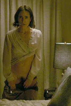 Волосатый лобок Дженнифер Коннелли в фильме «Убежище», 2007