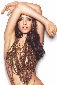Возбуждающая красотка Эмми Россам в журнале Details, Апрель 2009, Апрель 2009