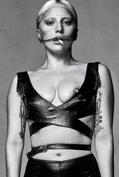 Голая грудь Леди Гаги в журнале V, Январь 2016