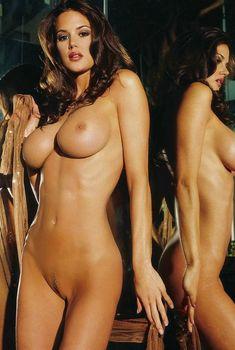 Тиффани Тейлор обнажилась в журнале Playboys Nude Playmates, Март 2006