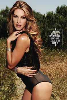 Сексуальная Доун Оливери снялась в журнале UMM Summer, 2010