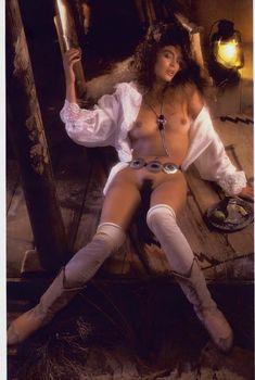 Обнаженная Ребекка Ферратти  в журнале Playboy, Июнь 1986