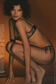 Анна Азарова в белье для журнала FHM, 2006