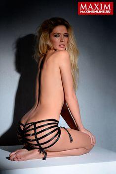 Вера Брежнева в эротической фотосессии для журнала «Максим», 2013