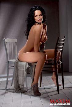 Даша Астафьева снялась голой в журнале Maxim, 2012