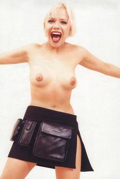 Елена Перова показала сиськи в журнале Playboy, 2000