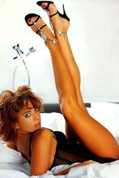 Эро фото Жанны Фриске из журнала FHM, 2005
