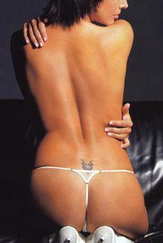 Жанна Фриске разделась в журнале «Пингвин», 2004